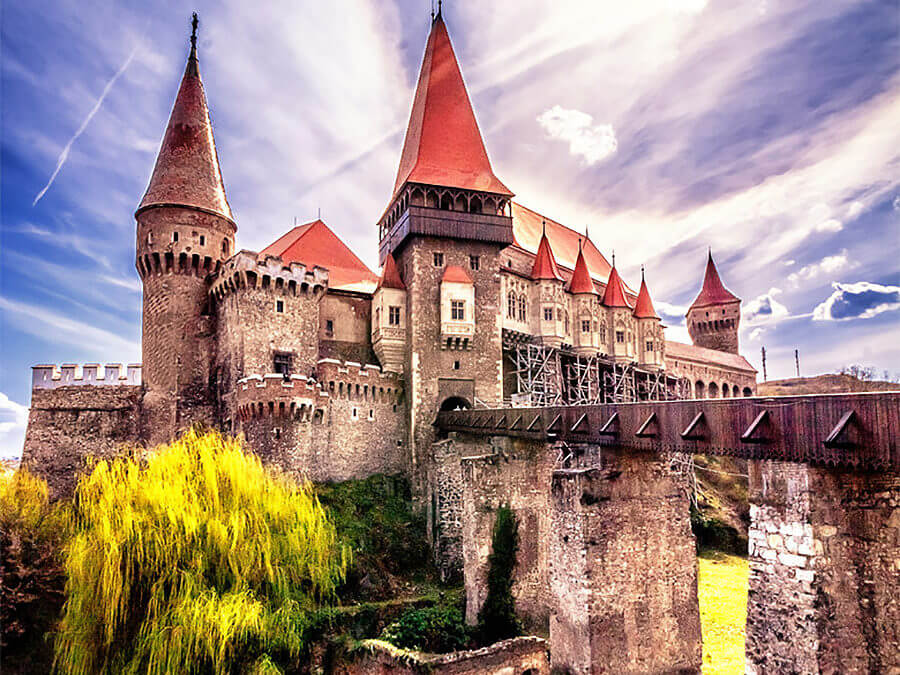45 Castles, Fortresses and Monasteries That Will Take Your Breath Away In Romania [WITH PICS]