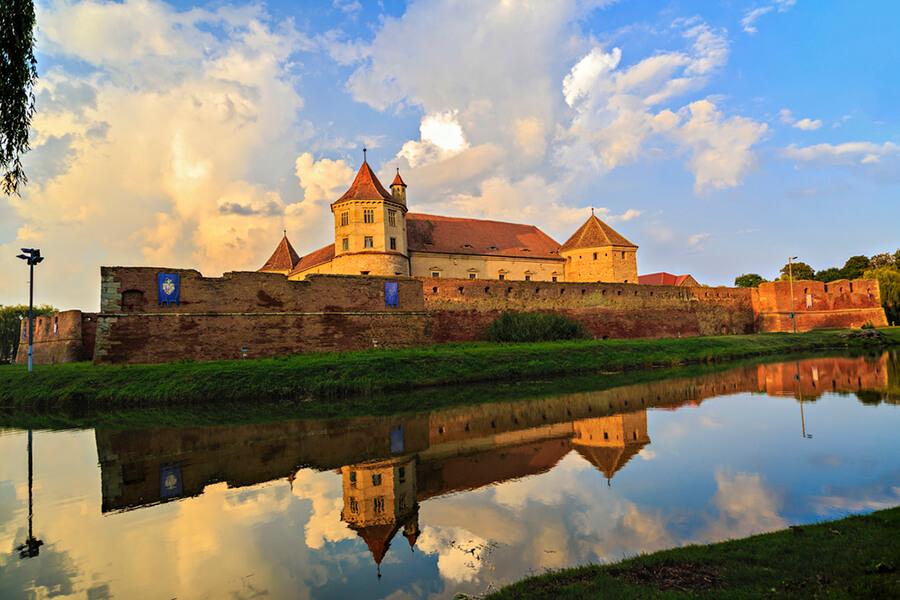 Cetatea Fagaras Brasov Romania