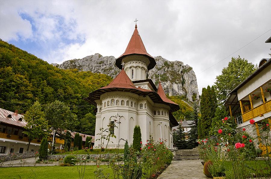 Manastirea Ramet Romania