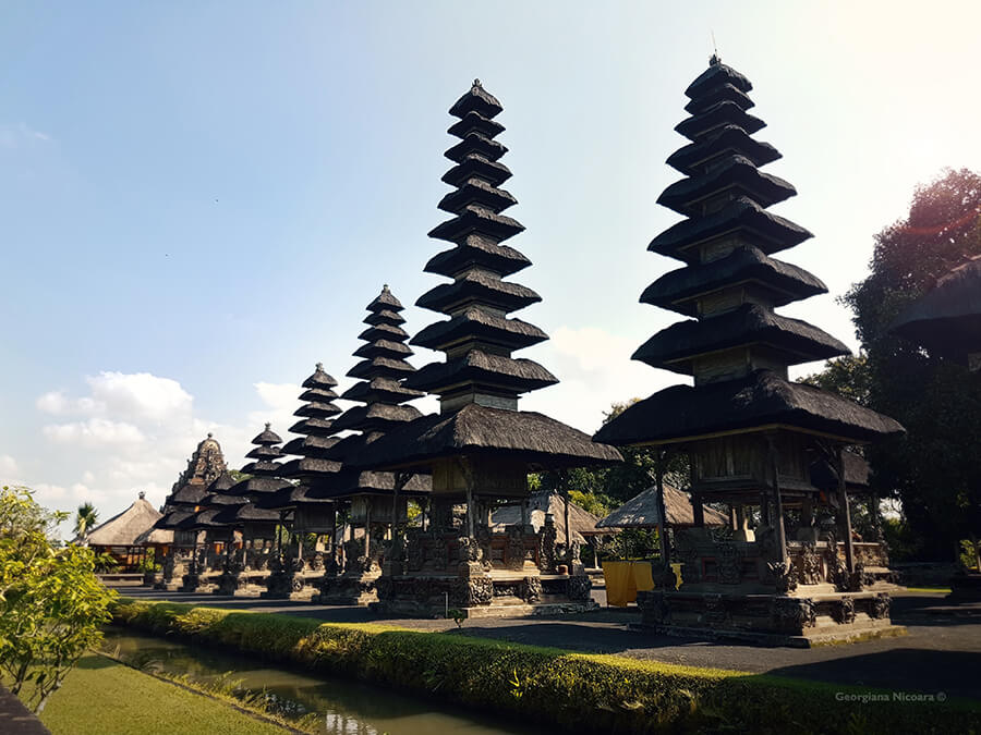 royal family temple indonesia