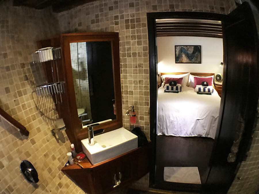 bathroom bedroom on boat