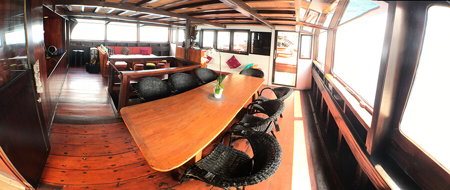 interior deck ship